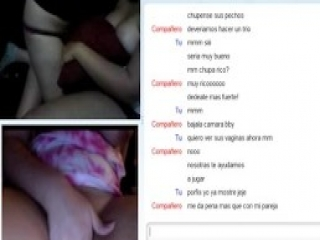 2 Chubby Lesbians Playing On Omegle